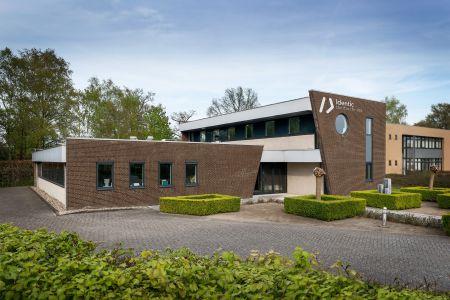 bedrijfspand Identic tandtechniek, Winterswijk